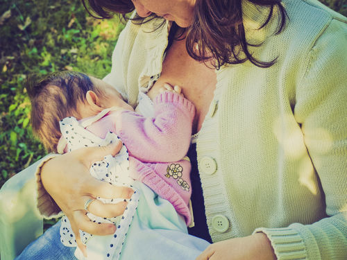 Benefits of Breastfeeding for Mom